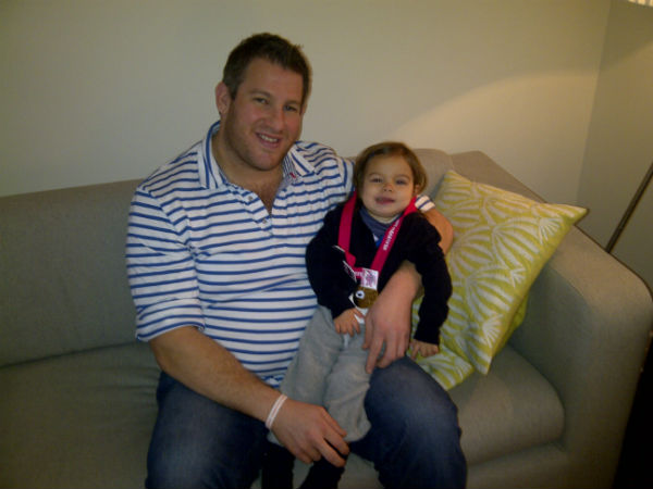 Amelie and Danny with the finishers medal